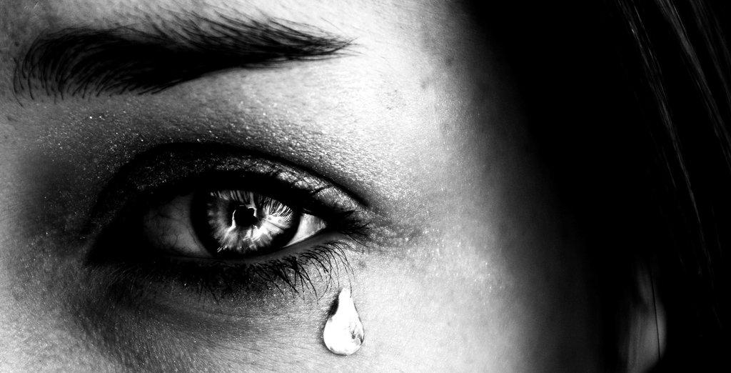 Tear_drop_by_JosCos